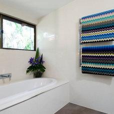 Modern Bathroom by Sabi Style