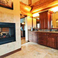 Bathroom by Mountain Log Homes of CO, Inc.
