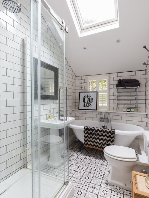 badezimmer mit l wenfu badewanne und metrofliesen ideen design bilder houzz. Black Bedroom Furniture Sets. Home Design Ideas