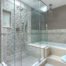 Traditional Bathroom by Focus-Pocus