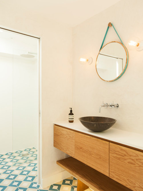 Small bathroom with shower design - Scandinavian Bathroom Houzz
