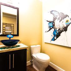 Contemporary Bathroom by WALL2WALLDESIGN INC.