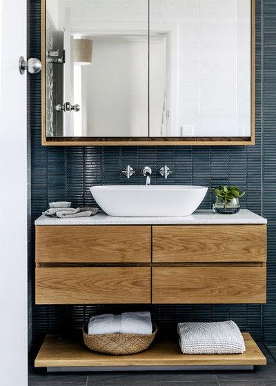Contemporary Bathroom by TM Design Studio
