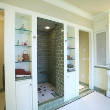 Traditional Bathroom by Casa Architecture and Interior Design