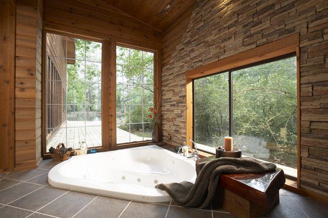 Rustic Bathroom by Vacation Home Builders