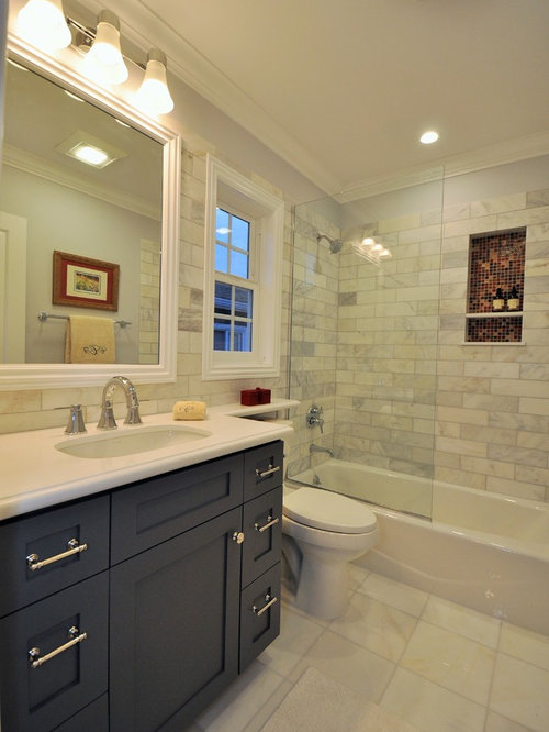 5x8 bathroom home design ideas renovations photos for Bathroom 8 x 8 layouts