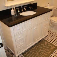 Traditional Bathroom White Classic Bathroom