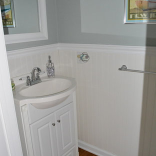 Inspiration for a contemporary bathroom remodel in Philadelphia