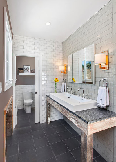 Rustic Bathroom by Andrew Mikhael Architect