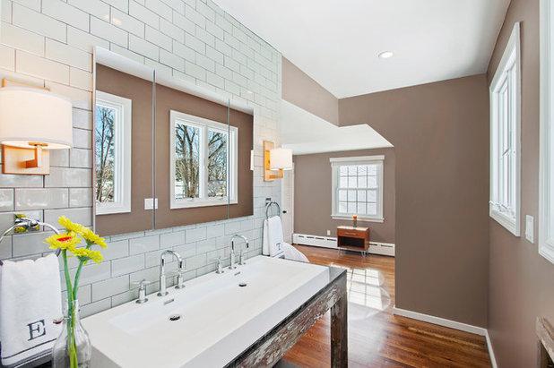 Idee badezimmer schmal for Grundriss badezimmer modern