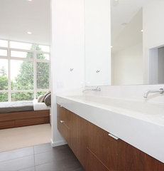 modern bathroom by Method Homes