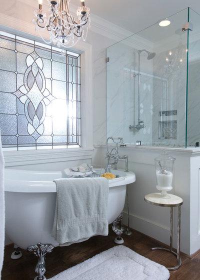 Victorian Bathroom by Whitestone Builders