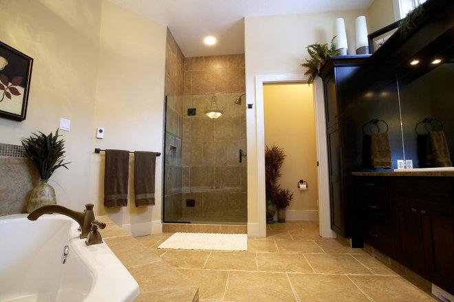 Traditional Bathroom by Kirby Maronda
