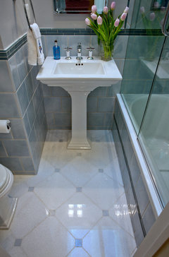 Bathroom layout idea 8x8