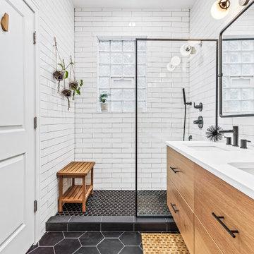 Wicker Park Bathroom