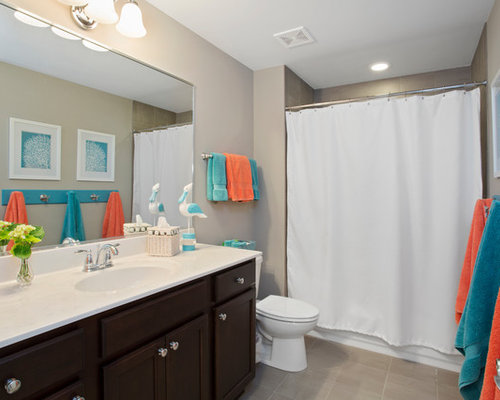 Beach Style TubShower Combo Ideas Designs  Remodel Photos Houzz - Alcove tub shower combo
