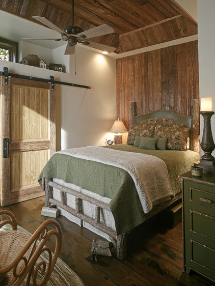 Rustic Bathroom Wild Turkey Lodge Bedrooms