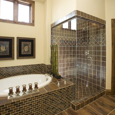 Eclectic Bathroom by Katy Allen, Nella Designs
