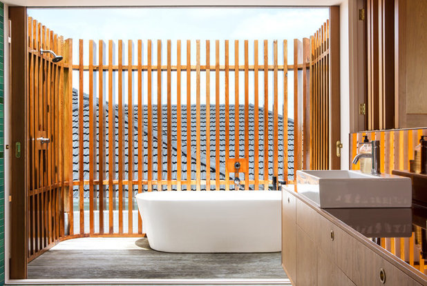 Contemporary Bathroom by Dorrington Atcheson Architects