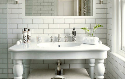 Decorating how to gently bring a victorian home into the for Victorian terrace bathroom ideas