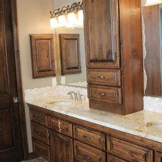 Traditional Bathroom by Desert Development & Design, Corp.