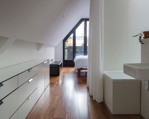 Inspiration For A Small Industrial Master Bathroom Remodel In London