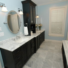 Traditional Bathroom by BASSO HOMES Inc
