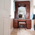 Bathroom Accessorizing - Traditional - Bathroom - San Diego - by Robeson Design