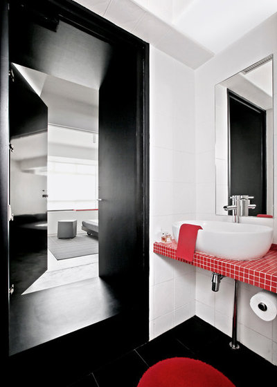 Contemporary Bathroom by SPACEDGE