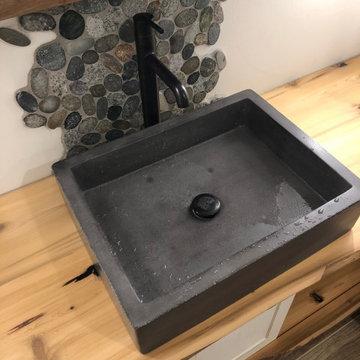 Wood & Stone Bath