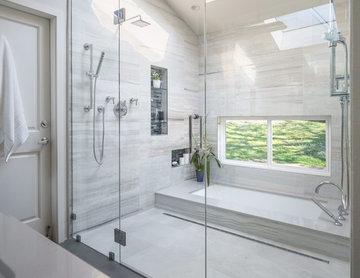 Woodlands Master Bath Spa Retreat