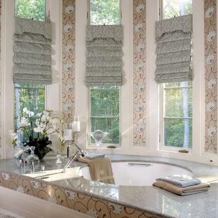 Großes Eklektisches Badezimmer En Suite mit Unterbauwanne, grauen Fliesen, Granit-Waschbecken/Waschtisch, Steinplatten und Marmorboden in Washington, D.C.