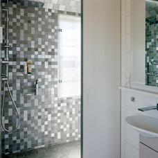 Beach Style Bathroom by Woodmeister Master Builders