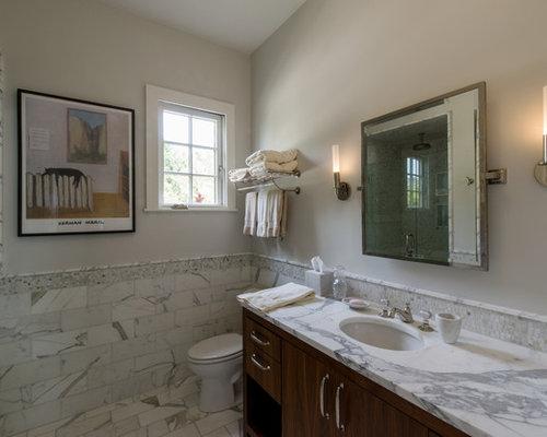 mediterrane badezimmer mit wandwaschbecken ideen design bilder houzz. Black Bedroom Furniture Sets. Home Design Ideas