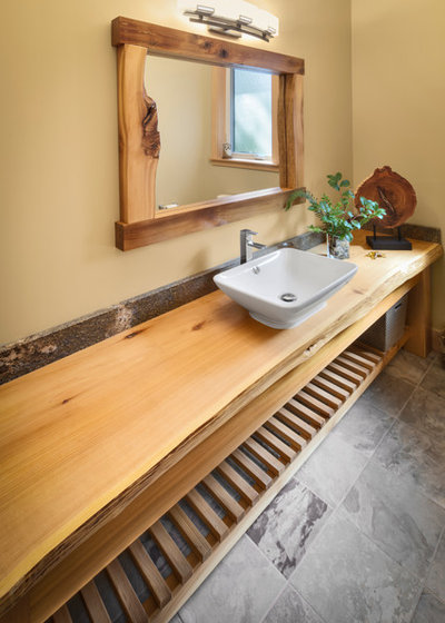 Traditional Bathroom by Icon Developments Ltd