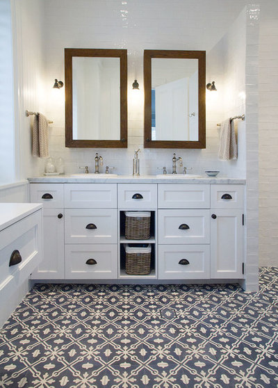 Country Bathroom by The English Tapware Company