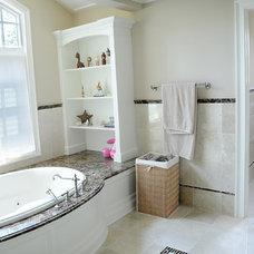 Bathroom by Geiss Custom Builders