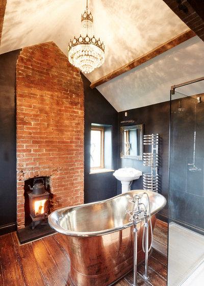 Farmhouse Bathroom by Hart Design And Construction