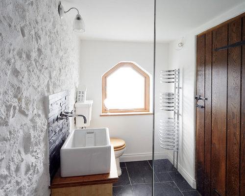 Rustikale badezimmer mit schwarzen fliesen design ideen beispiele f r die badgestaltung - Rustikale badezimmer ...