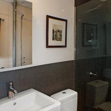 Modern Bathroom by Design To Live LLC