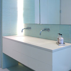 contemporary bathroom by Sarah Jeffeys Design