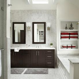 transitional bathroom by Ulrich Inc