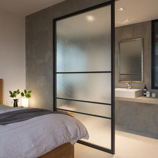 modern bathroom by Chinc's Workshop