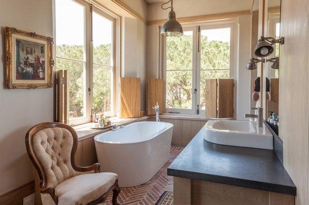 Transitional Bathroom by Wynand Wilsenach Architects