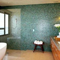 Modern Bathroom by Wormser and Associates