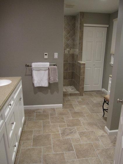 Traditional Bathroom by B & P Distinctive Renovations, LLC