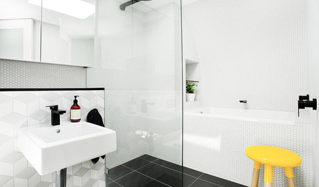 10 Ways to Mix and Match Tiles in the Bathroom
