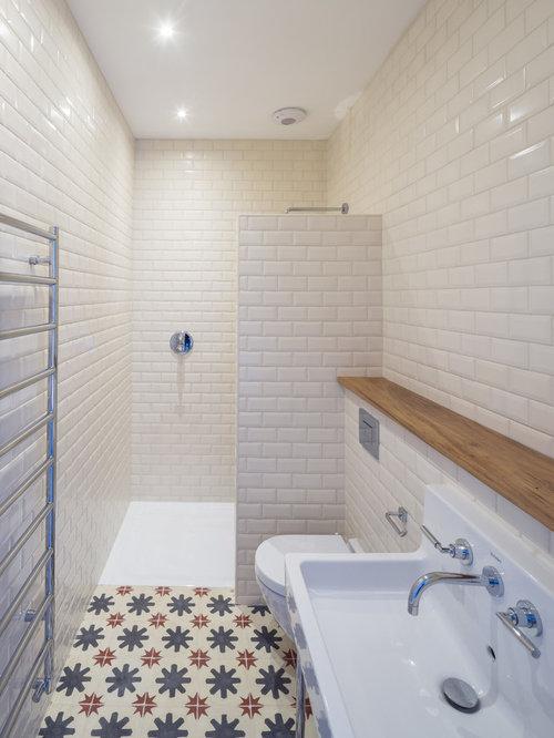 Salle de bain industrielle avec un lavabo de ferme : Photos et ...