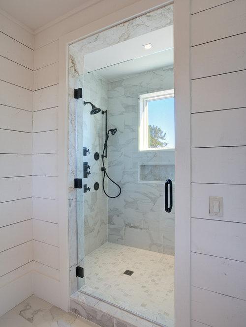 Farmhouse Doorless Shower Design Ideas, Remodels & Photos with a Corner Tub
