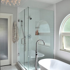 Modern Bathroom by RED PEPPER KITCHEN+BATH